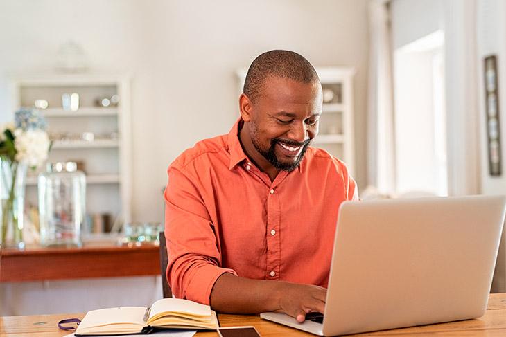 Como fazer uma boa gestão de documentos para trabalho remoto?